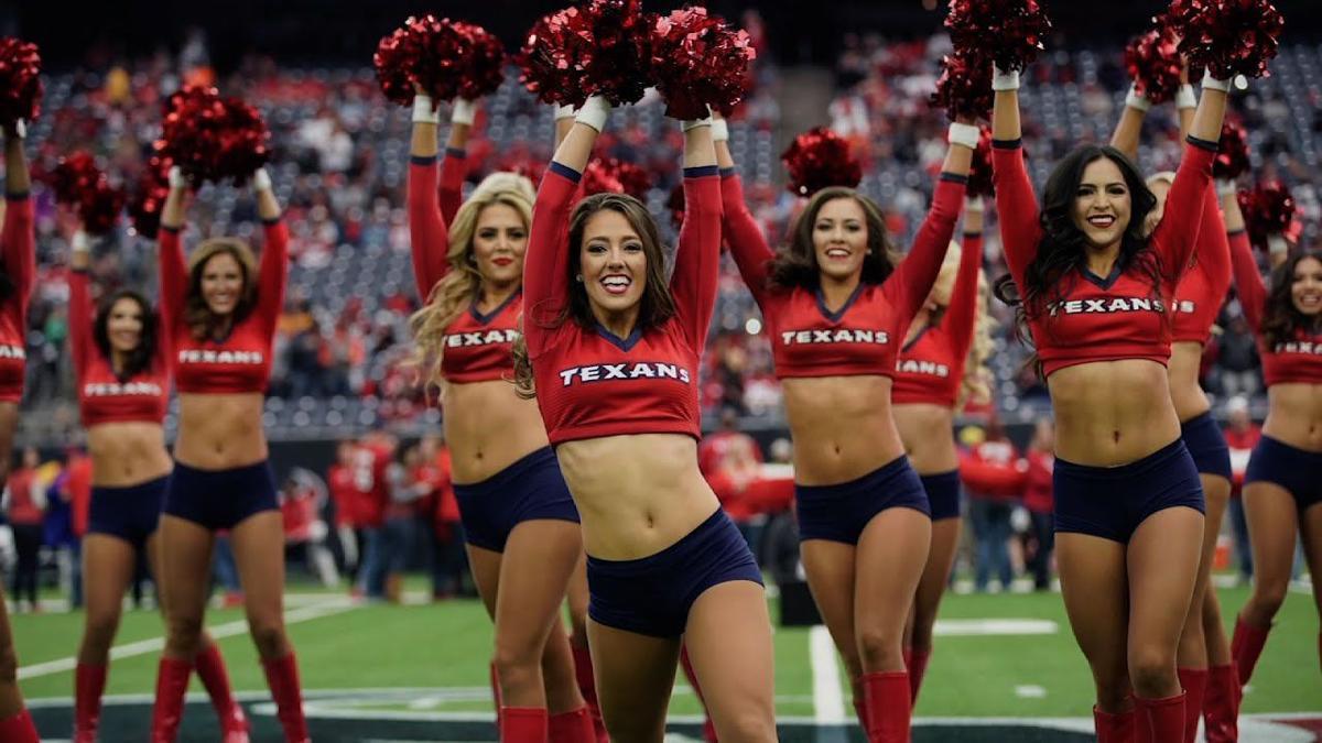 7a7b296c Five Former Texans Cheerleaders Sue Team