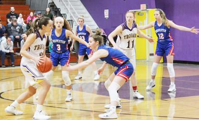 Girls Basketball Pic 1.jpg