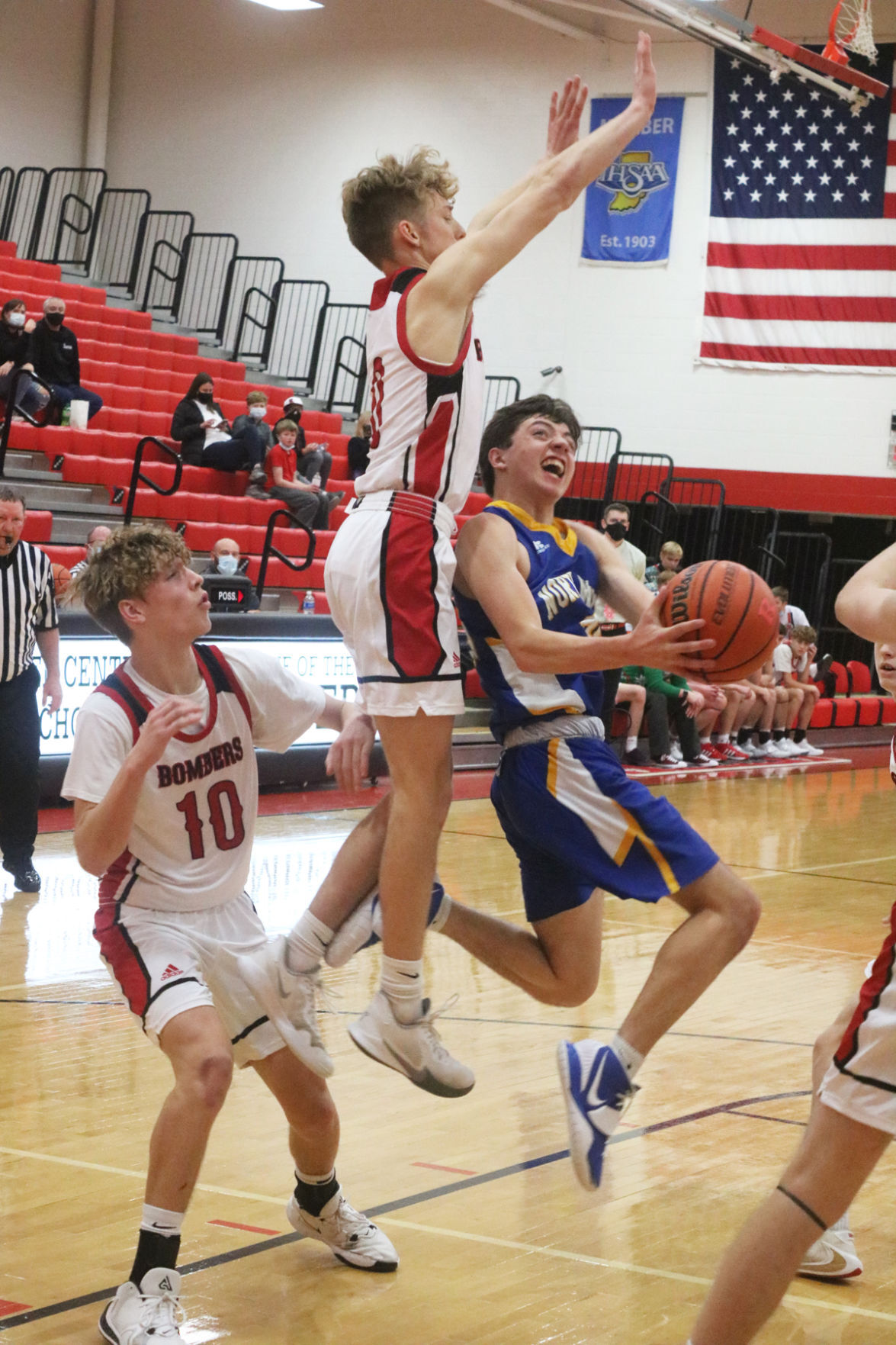 Vikings' guards too quick for RCHS