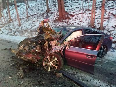 Head-on crash injures two near Delphi | Local | newsbug info