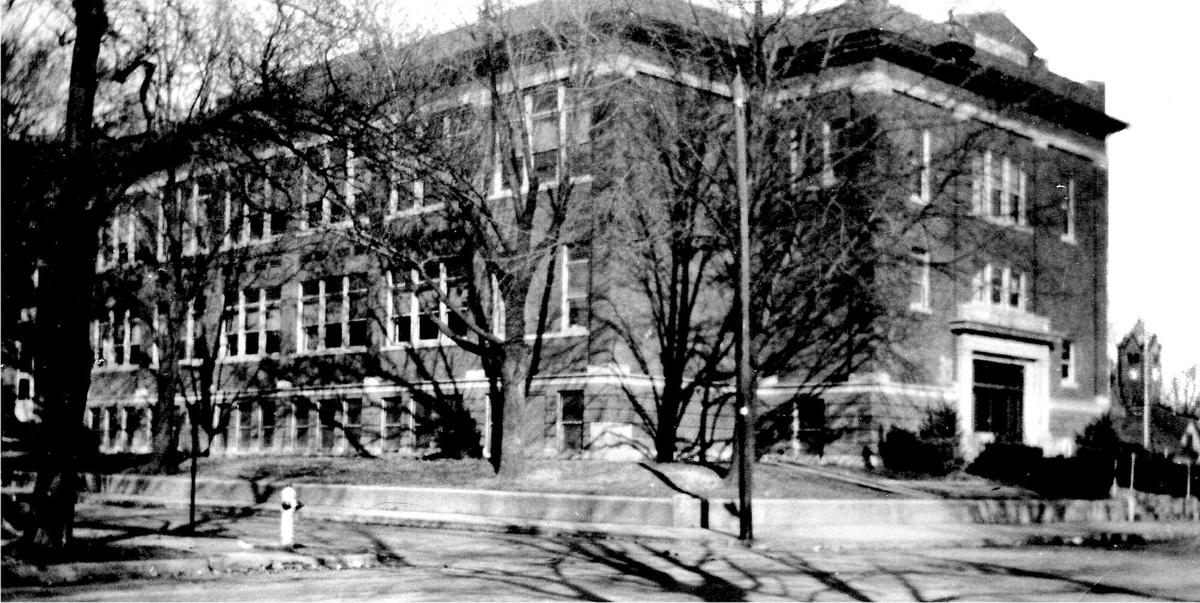 Exterior of Lincoln School