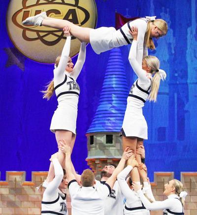 Trine cheer squad