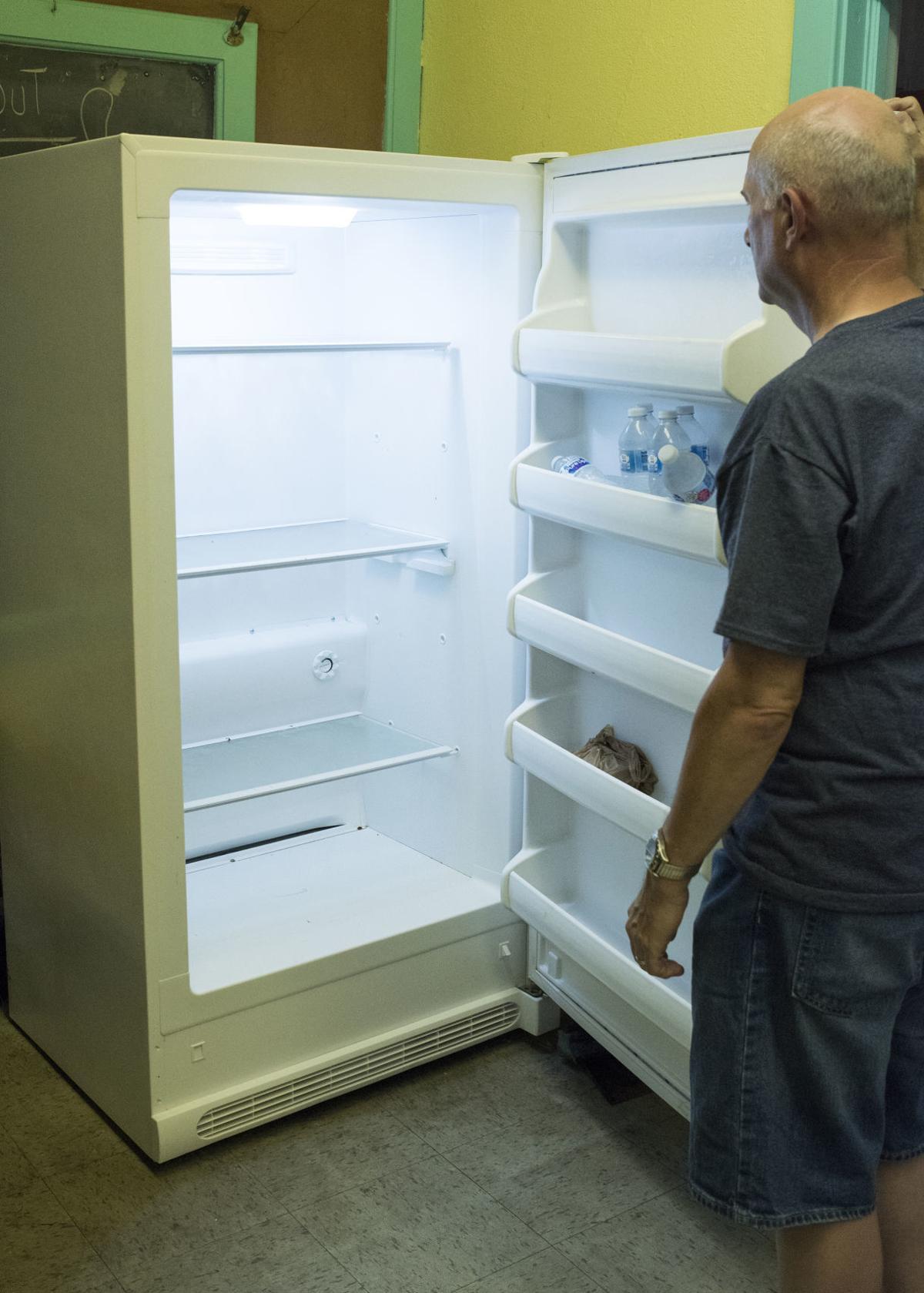 Food pantry in need of volunteers, non-perishable food