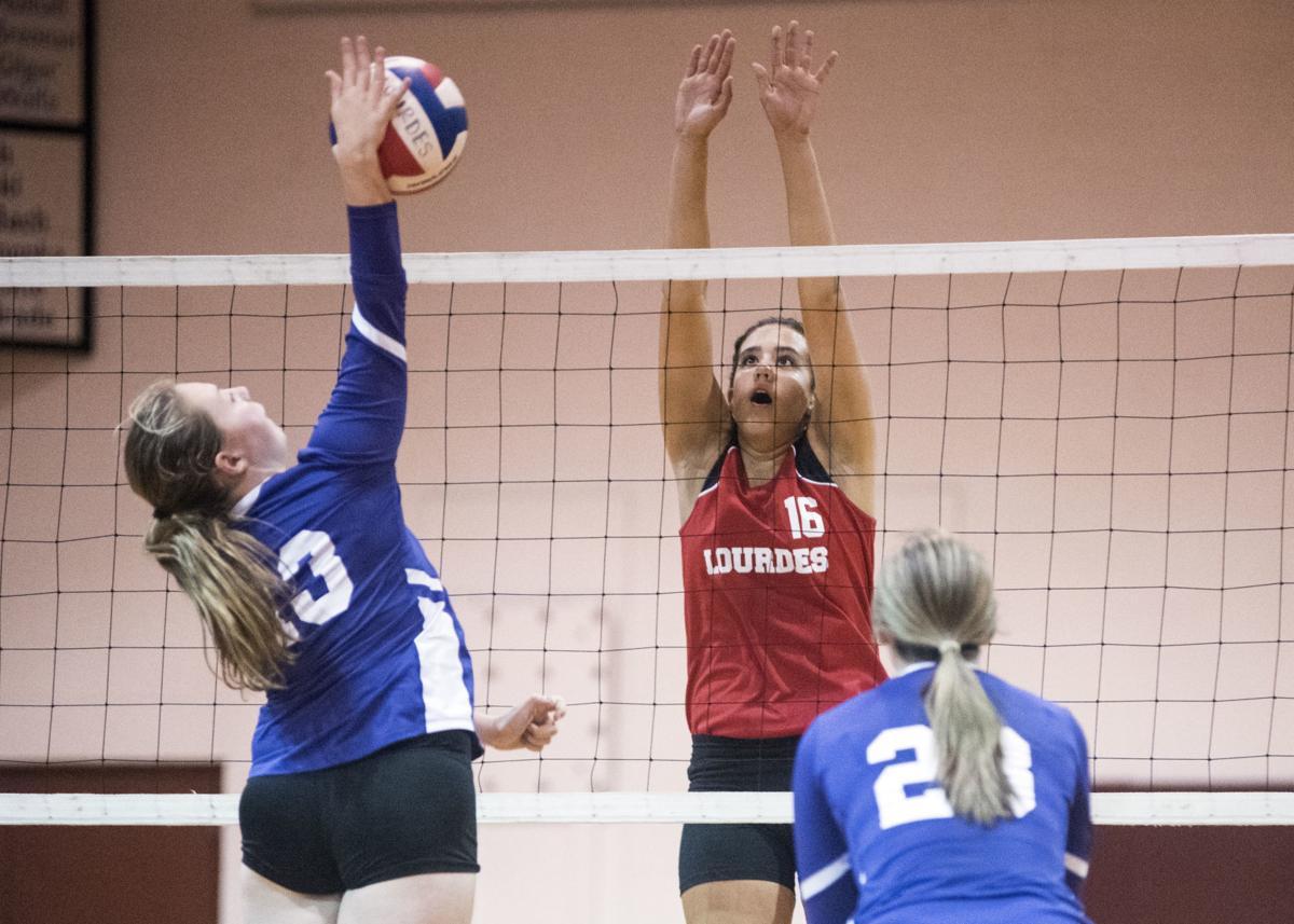OLOL versus Shamokin volleyball