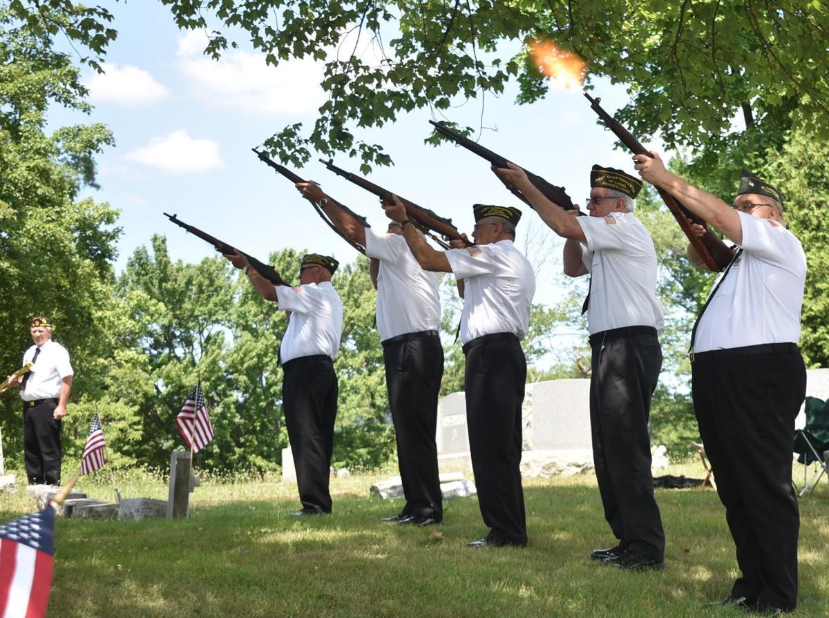 5-gun salute