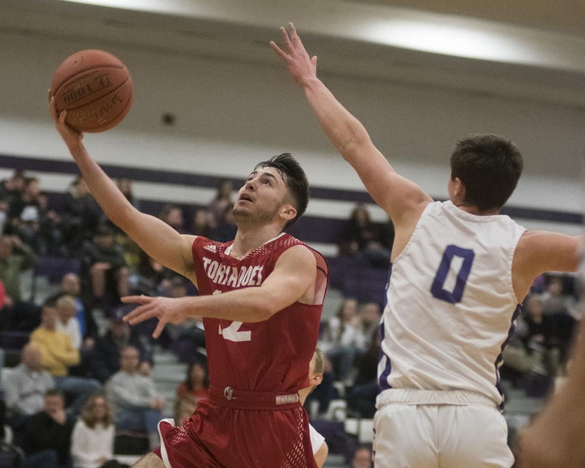 Shamokin beats Mount Carmel in boys basketball