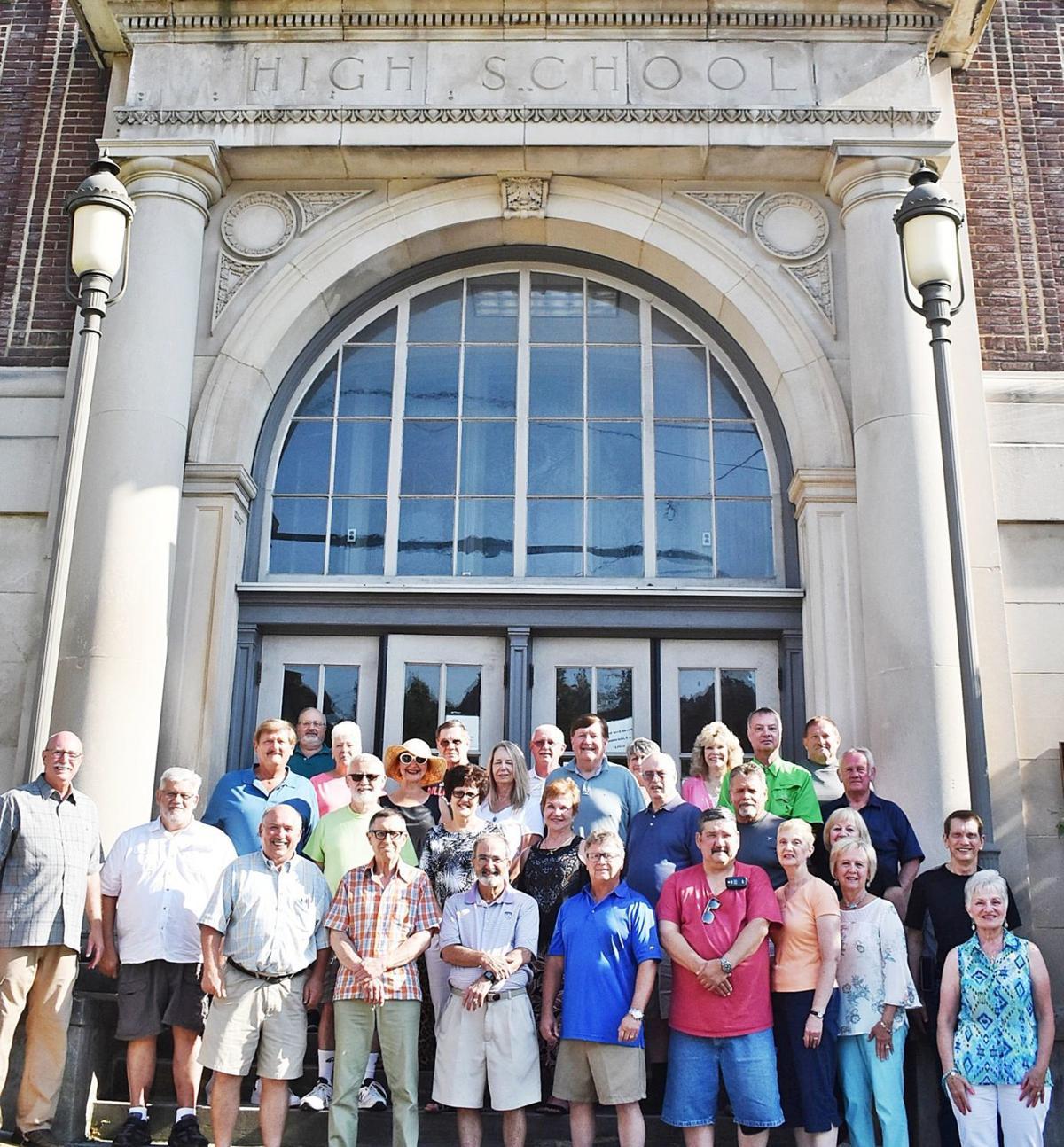 SAHS Class of '68 - 50th reunion photo outside