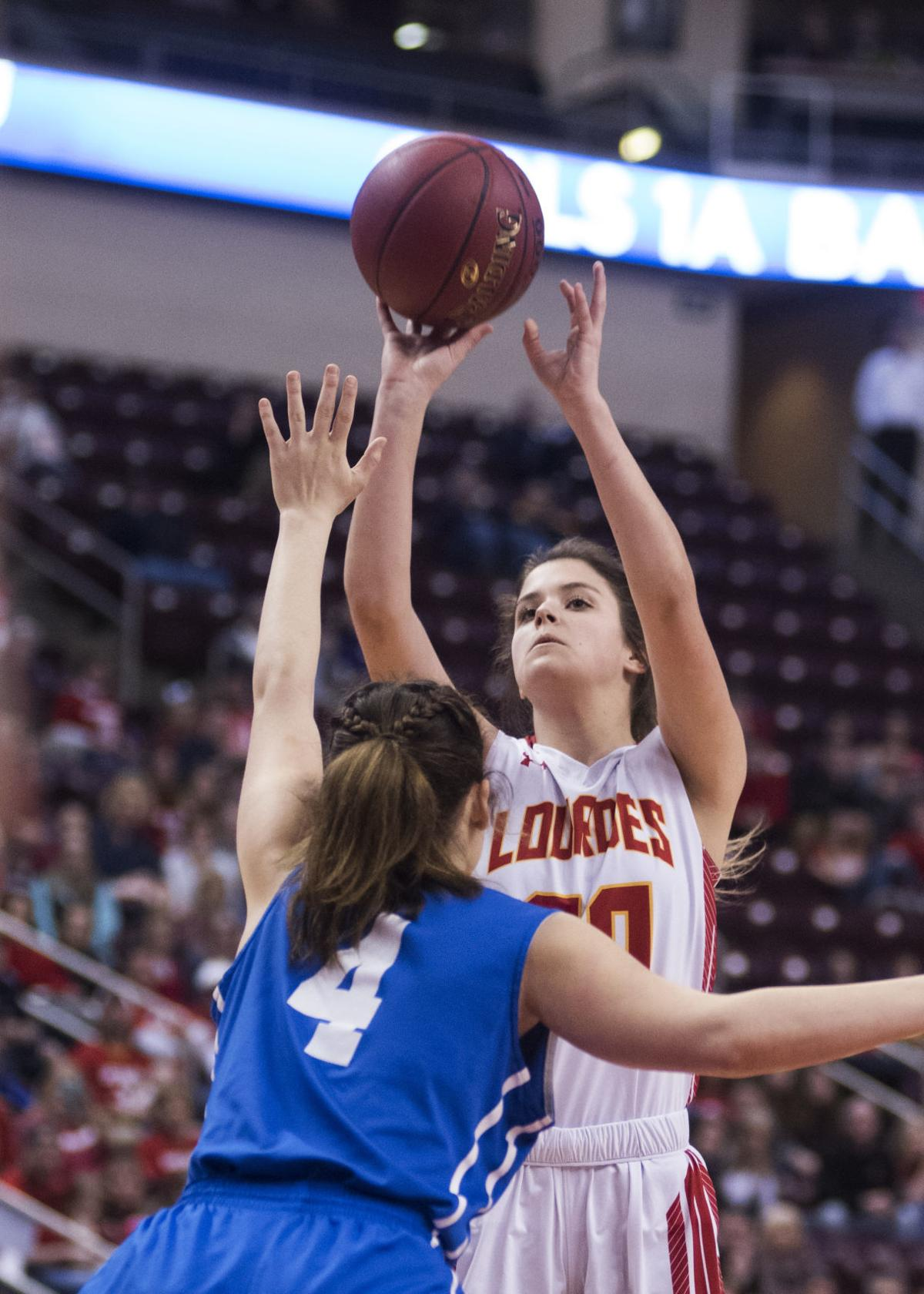 H.S. Girls Basketball: Mountaineers stifle OLOL for state title, 41-32