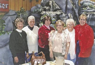 Memories of Char Lenz, part of a News Mirror family