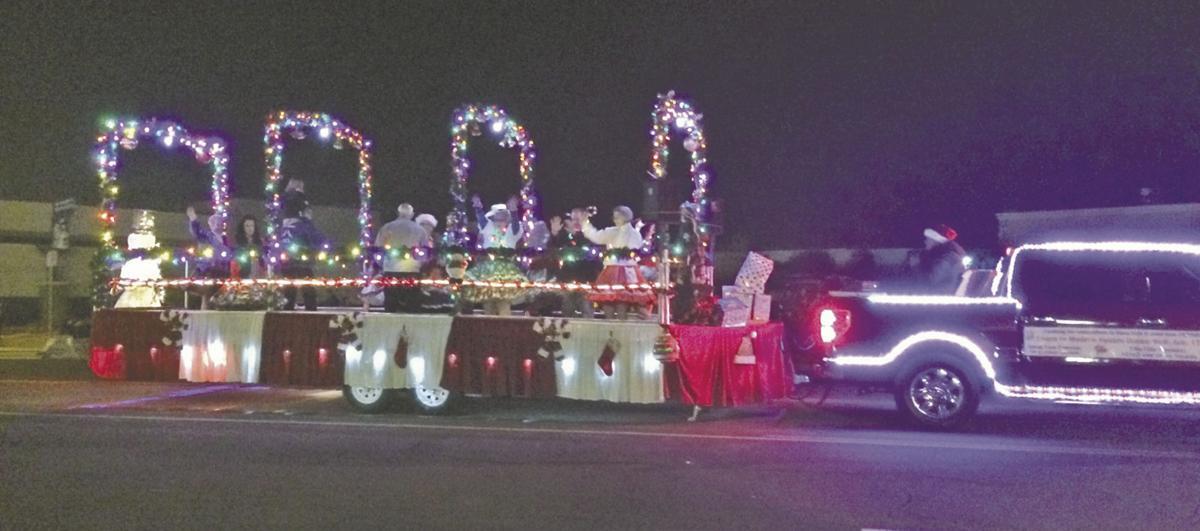 Christmas parade lights up Calimesa | Local News | newsmirror.net