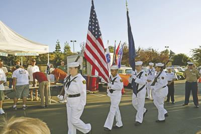 Past Pleasures Car Club honors veterans