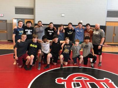 Cedar Ridge wrestling squad