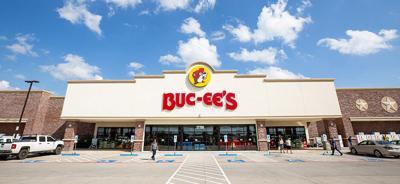 Buc-ee's front