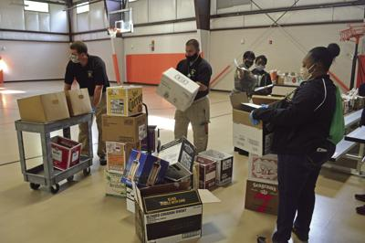 Food delivery volunteers