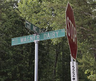 Wagner Dairy Road sign