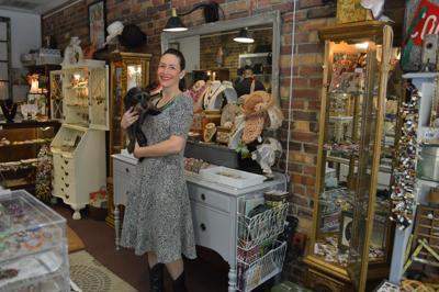 Carlisle & Linny Vintage Jewelry Store owner