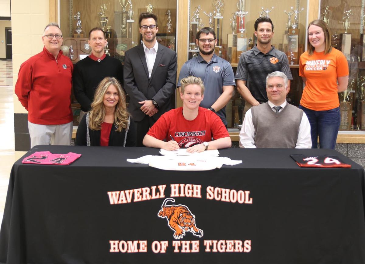 Moore signs with UC-Clermont for soccer | Sports | newswatchman com