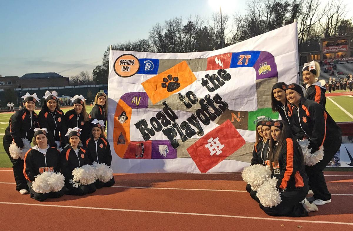 Waverly cheerleaders with sign