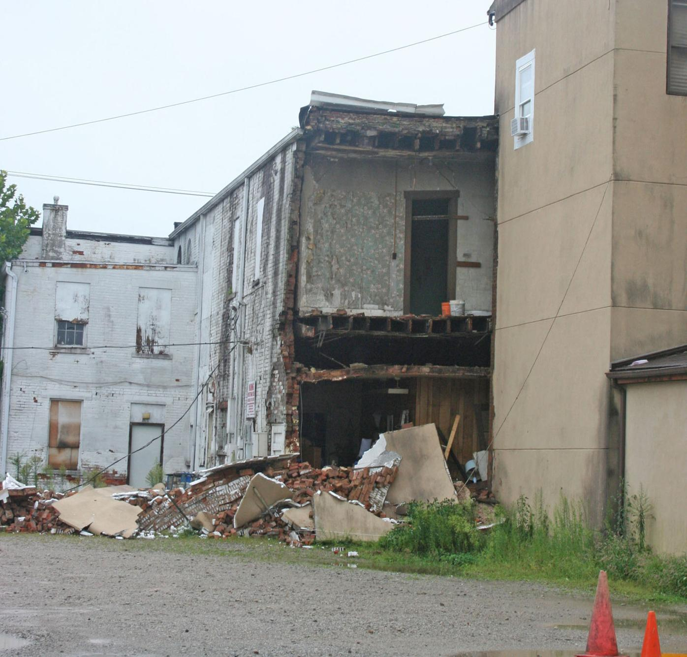 Vallery building collapse - collapsed section close view