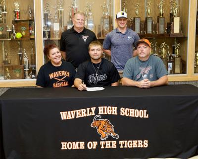 Reed signs with Clark State Community College for baseball | Sports