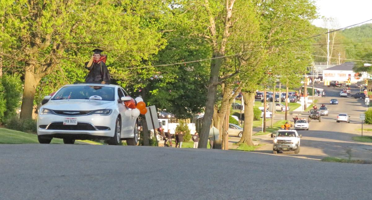 Waverly senior parade - up the hill 0630.jpg