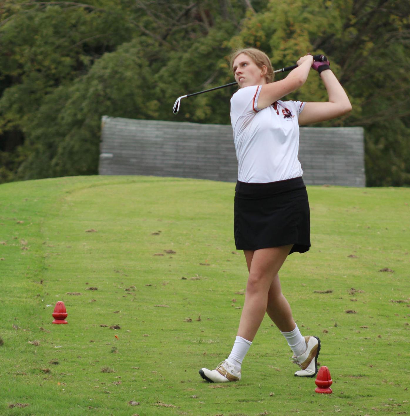 SOC Girls Golf - Lauren Bevins