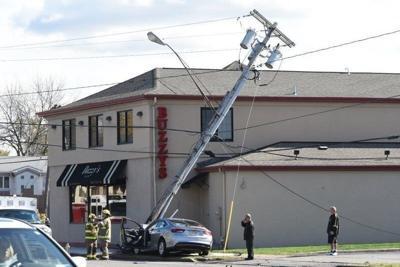 Police say reckless driver caused Niagara Falls Boulevard crash