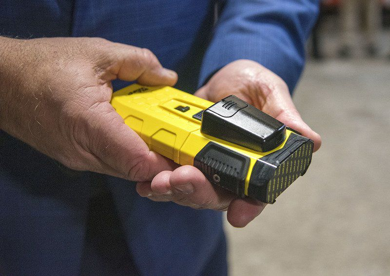 Local police agenciestest outnon-lethal restraintdevice