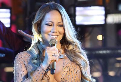 Mariah Carey All I Want For Christmas Mic Feed.Mariah Carey Bringing Christmas Show To The Falls Night