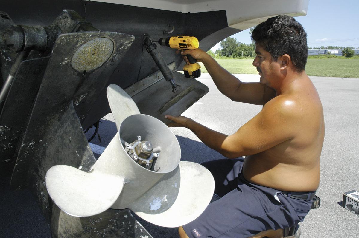 060809 Boat Repair