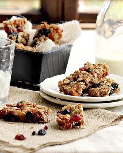 Homemade granola bars are the perfect snack