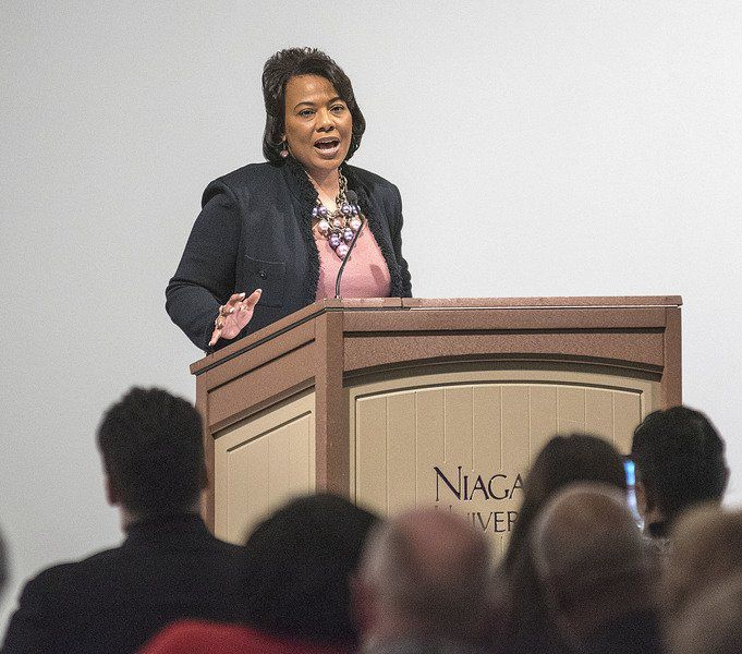 Bernice King offers message of unity during appearance at NU