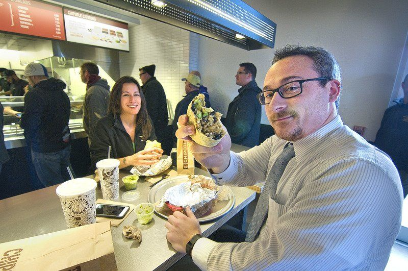 BUSINESS: New Military Road plaza now offers Chipotle, TCBY and Five Guys