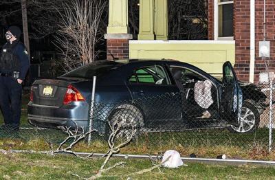 Driver fleeing police crashes into Niagara Falls house
