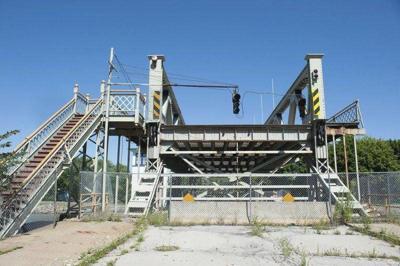 Local bridges cited in report on poor bridges