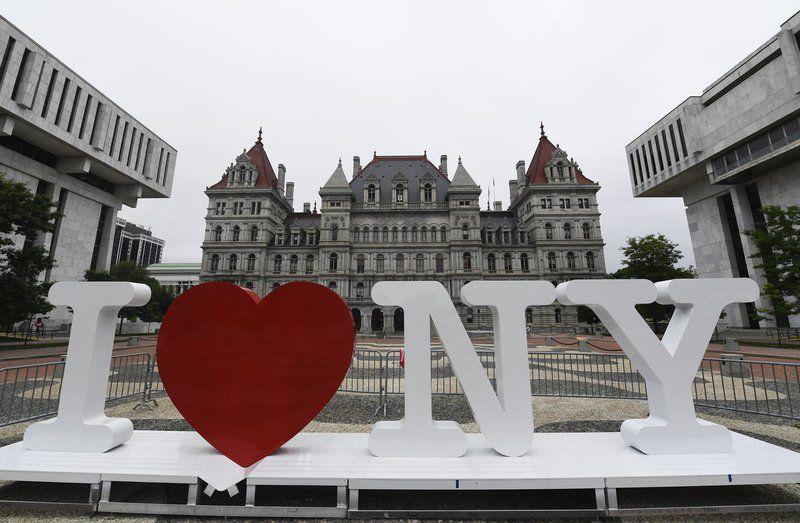 Milton Glaser, designer of 'I Love NY' logo, dies at 91