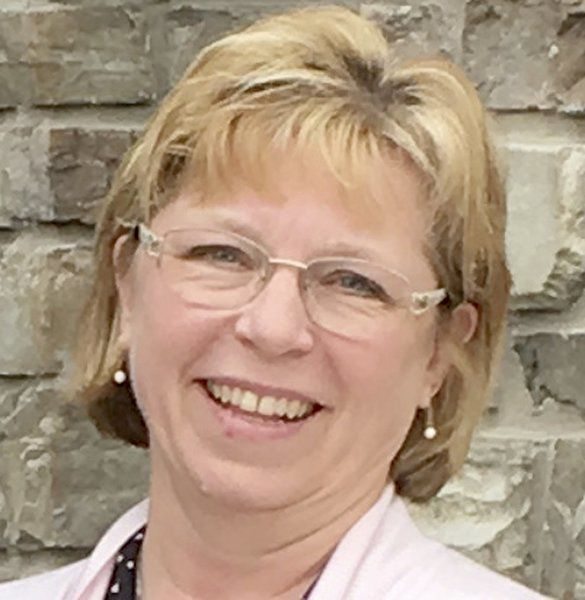 Ellis, Foe retain party lines in contested Cambria primaries