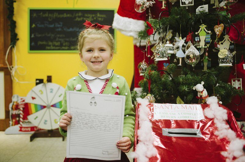 Kids still write letters to Santa — and he still replies