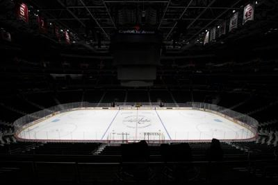 NHL's plan to return face possible border restriction hurdle