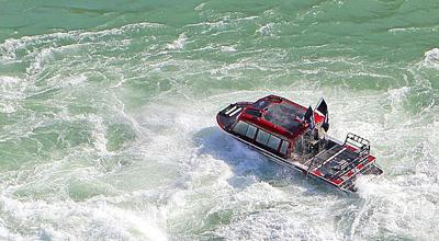 NIA Jet boat tested art 050113