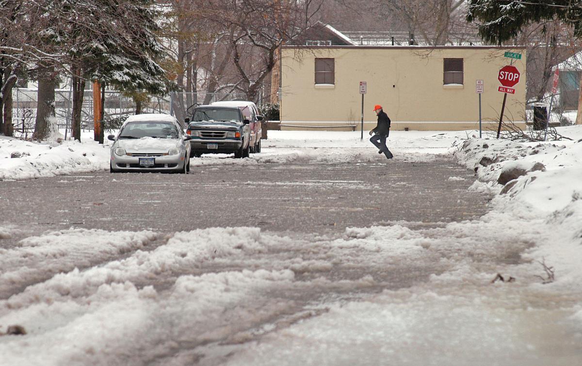 080207 Flooding - Niagara Gazette
