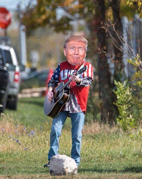 One-man Trump show sings president's praises