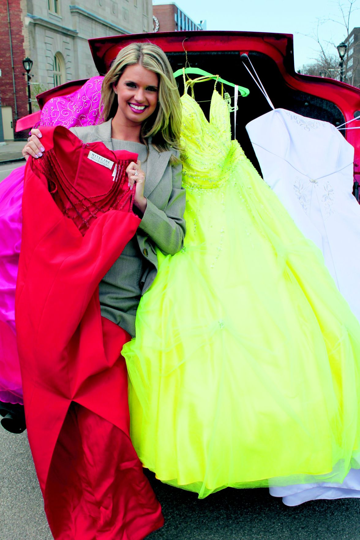buy prom dresses in niagara area