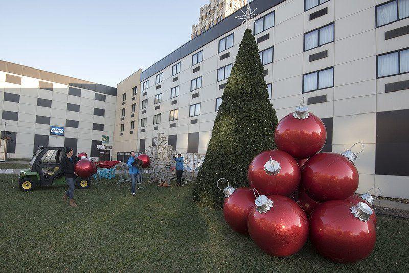 Getting The Jingle On In Downtown Niagara Falls Local News