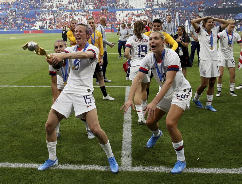 US wins 4th World Cup title, 2nd in a row