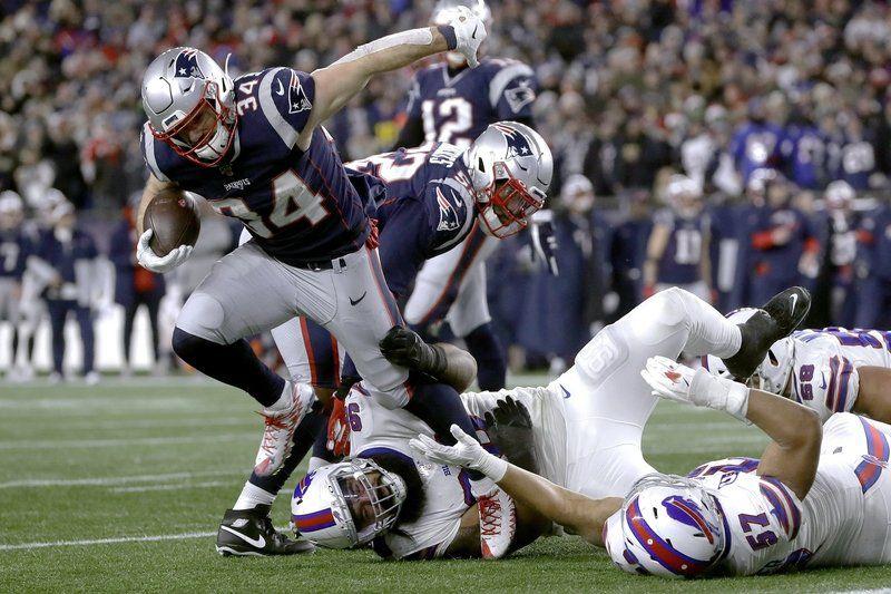 Patriots beat Bills, win 11th straight AFC East crown