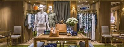 Tory Burch opens at Fashion Outlets