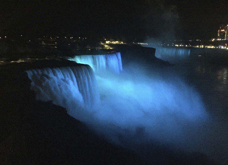 Niagara Falls to shine blue for Justice Ruth Bader Ginsburg