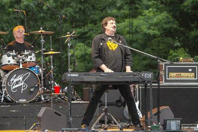 Burton Cummings delivers the hits at Artpark