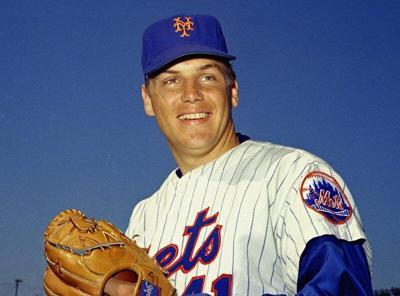 Tom Seaver,heart of Miracle Mets, dies at 75
